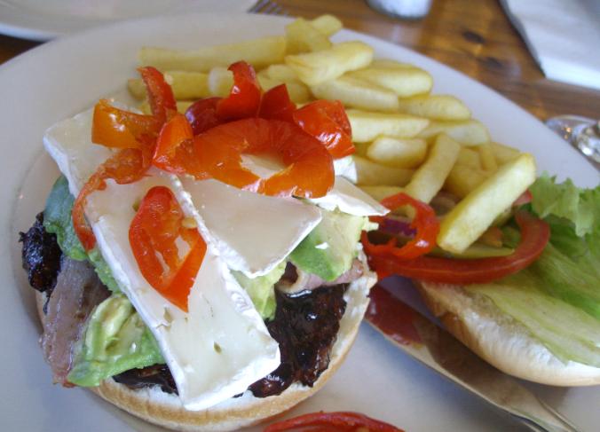 maestros beef burger jessica simpson