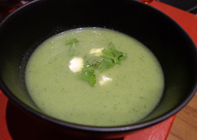 brocolli and courgette soup