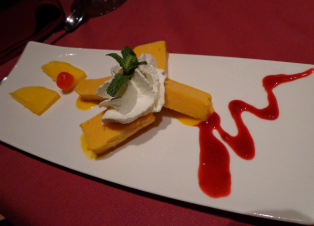 everest mango kulfi