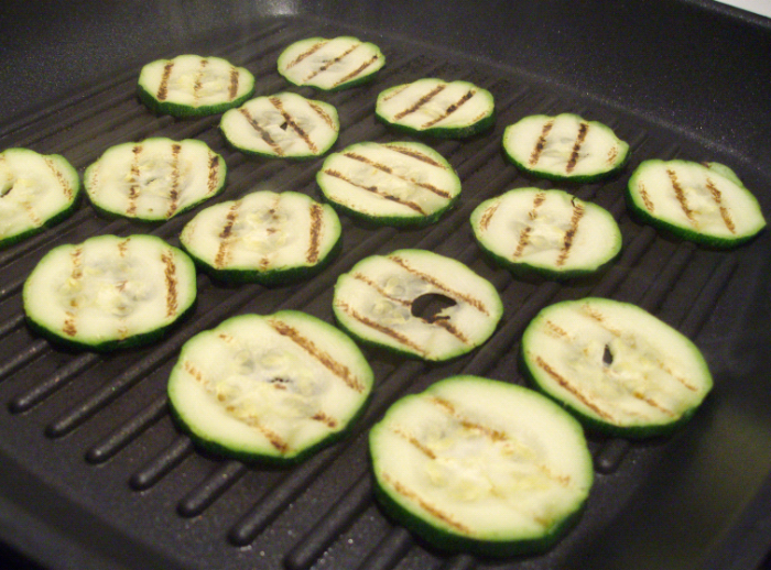 quinoa grilled courgettes