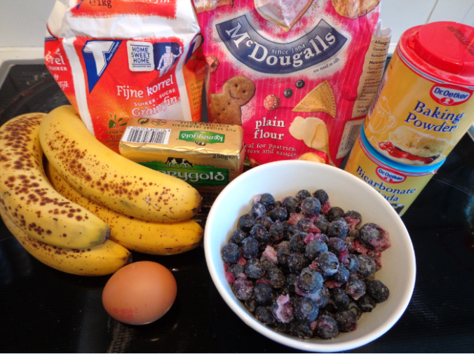 banana blueberry muffins ingredients