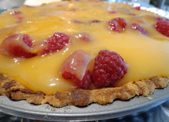 raspberry and lemon curd meringue tart pre meringue