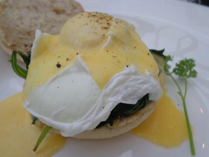 Eggs Benedict Florentine (mine = spinach)