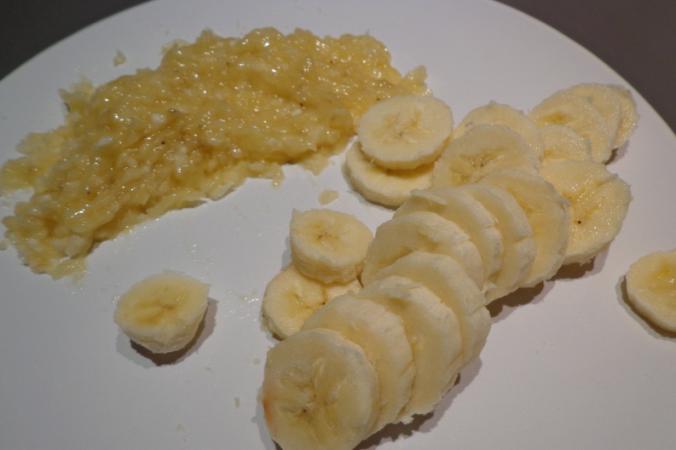 banana pancakes bananas