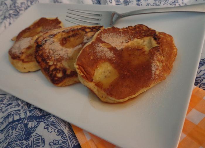 banana pancakes breakfast in bed
