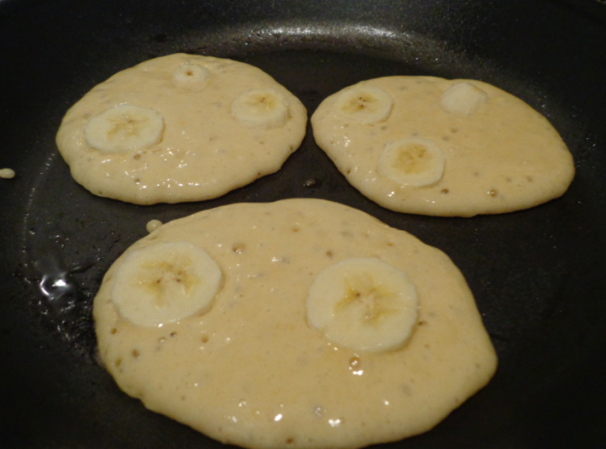 banana pancakes frying