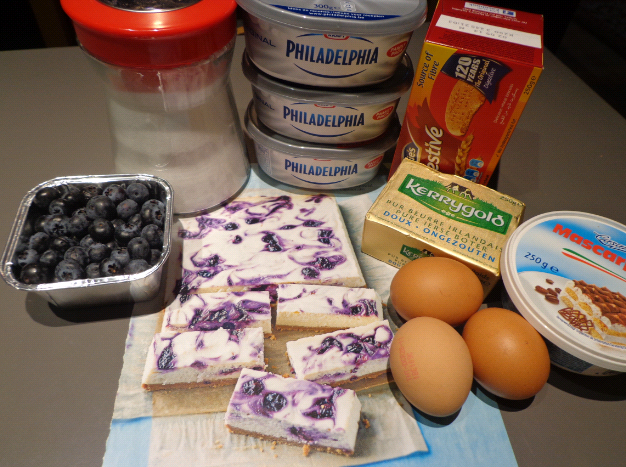 blueberry swirl cheesecake ingredients