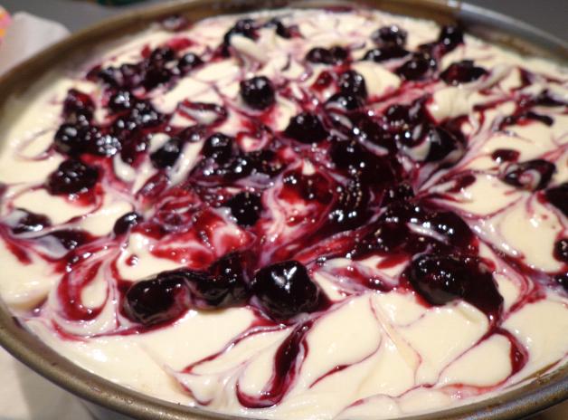 blueberry swirl cheesecake pre oven