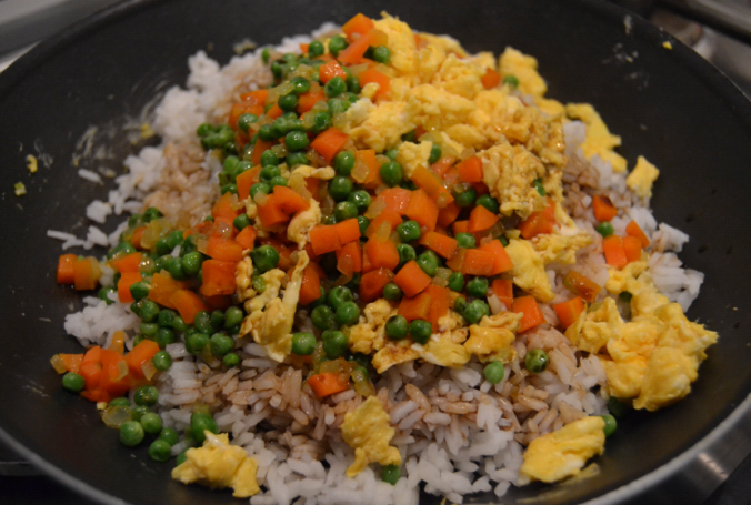 egg fried rice pan