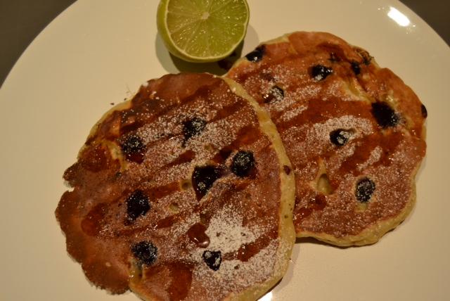 banana blueberry pancakes final 2