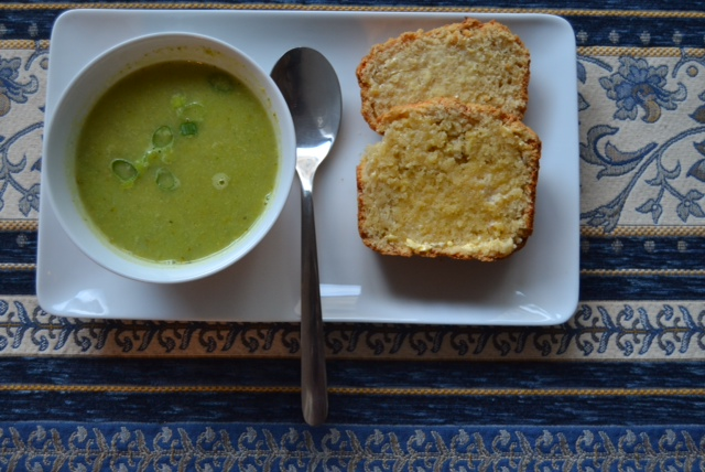 apple cheese bread with soup