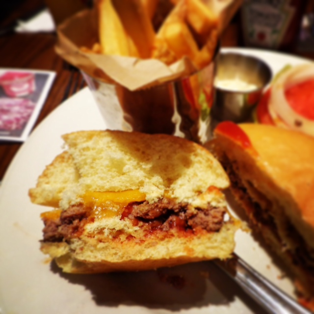 hard rock cafe burger