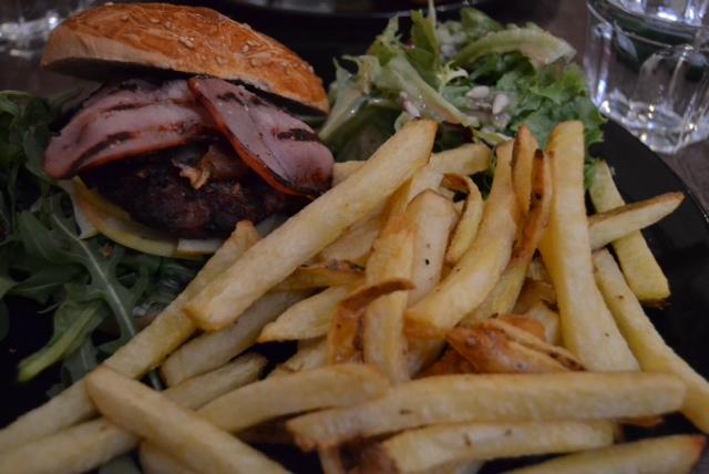 l amour fou bleu burger 2