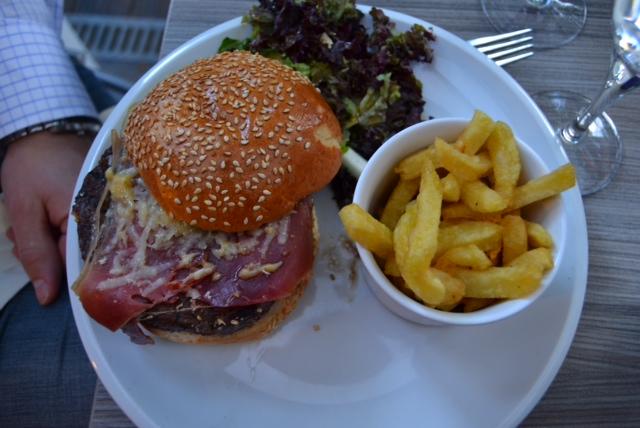 les canailles bacon burger