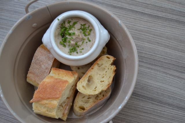 les canailles bread