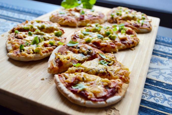 pita pizza 1