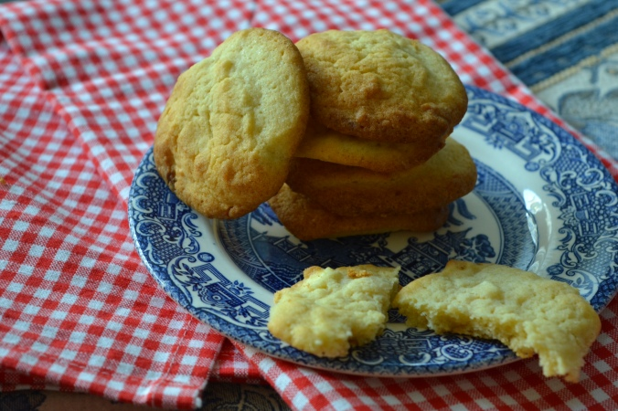 white choc chip cookies 1