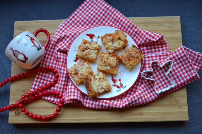 apricot-and-coconut-squares-4